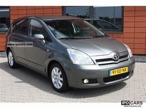 Toyota Verso Dynamic : 2007 toyota verso 2 2 d 4d 7 136pk dynamic persoons car photo and specs ~ Gottalentnigeria.com Avis de Voitures