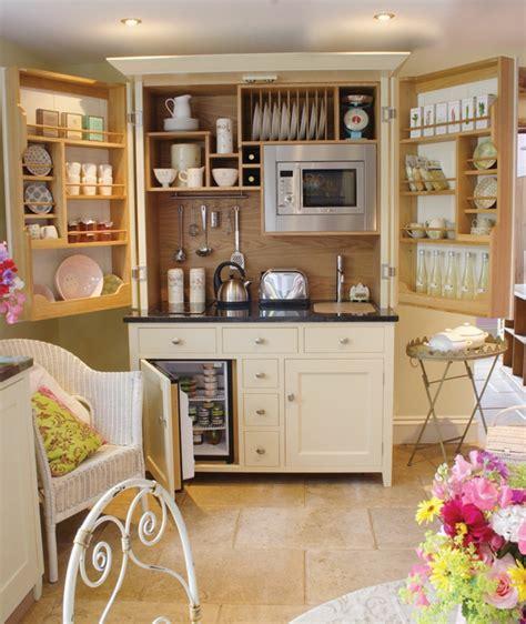 Einrichtung Kleiner Kuechekleine Kueche Fuer Small Wohnung by Kleine Wohnungen Einrichten Wie Kann Ein Kleiner Raum