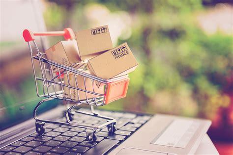 Top 8 Tips to Safe Online Shopping - Weird Worm