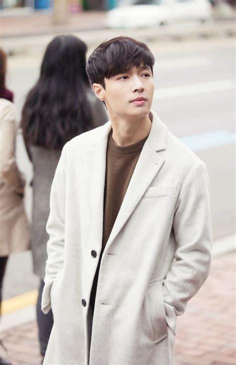 exo yixing zhang best 25 lay exo ideas on pinterest yixing yixing exo
