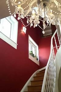 Erfahrungen Mit Rollputz : treppenhaus farbig gestalten garten ideen 2017 ~ Michelbontemps.com Haus und Dekorationen