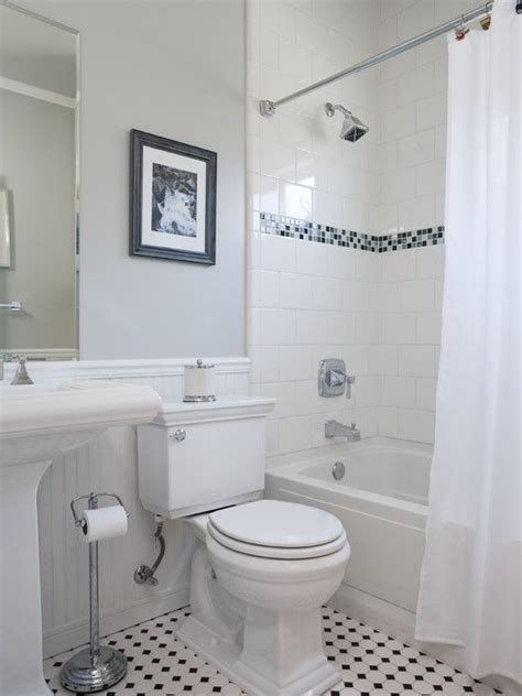 traditional bathroom decorating ideas tile accents bathroom small traditional cape cod style