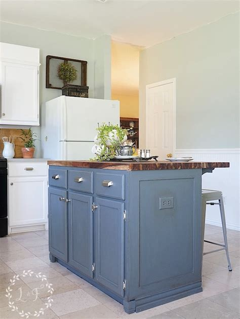 kitchen island makeover painting the island diy kitchen island makeover part 2 1946