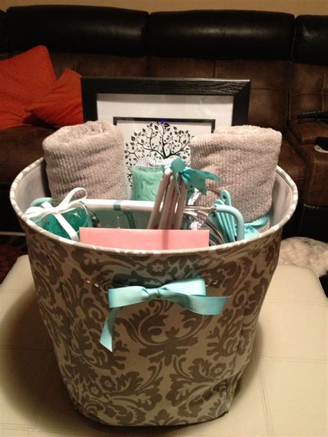 bridal shower and wedding gift both 10 best ideas about bridal gift baskets on