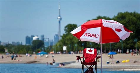 canada united culture states toronto summer canadian happy july flickr compared away they things official expats move narcity miss socka