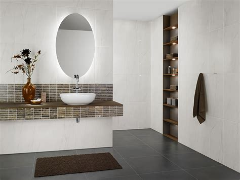 Badezimmer Fliesen Kleines Bad by Badezimmer Ideen Katalog Badezimmer Ideen Fliesen