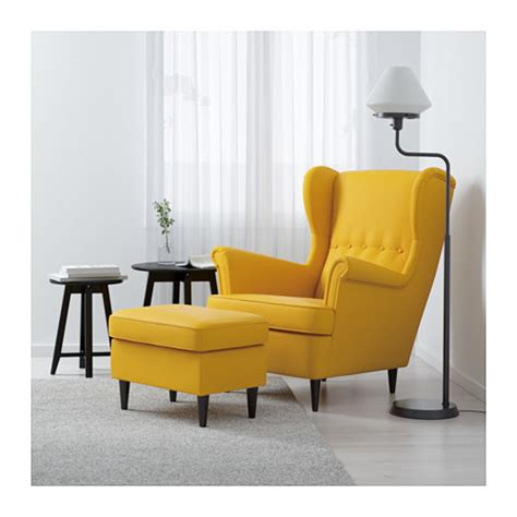 chaise jaune moutarde strandmon wing chair skiftebo yellow ikea