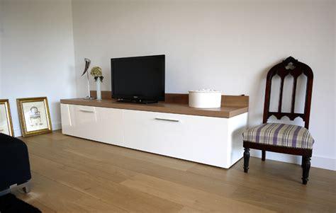 meuble tv blanc dessus bois mobilier design decoration