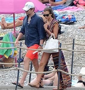 Irina Shayk plants loving kiss on Bradley Cooper on ...