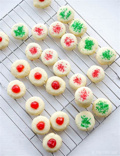 This basic recipe for gluten free shortbread cookies easily makes 5 varieties: Lemon Scented 'Canada Cornstarch' Shortbread Cookies ~ The Tiffin Box