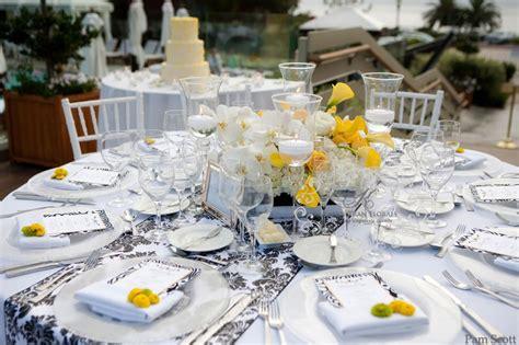Yellow & Black Wedding Inspirations