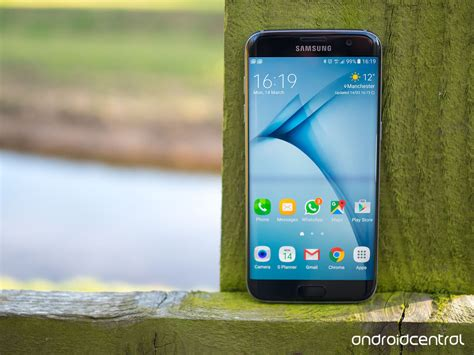 Samsung Galaxy S7 Edge Uk Review Awesome Is The New