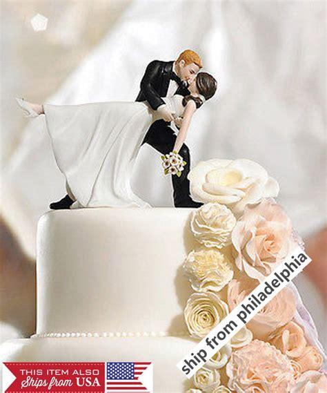 Romantic Bride And Groom Wedding Couple Figurine Dancing