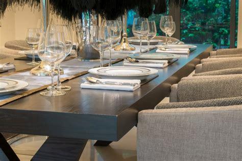 Style Modern Setting 27 modern dining table setting ideas