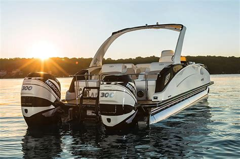 harris crowne dl  twin engine pontoon boat