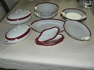 Service De Table Porcelaine : service de table en porcelaine de limoges neuville en ferrain 59960 ~ Teatrodelosmanantiales.com Idées de Décoration