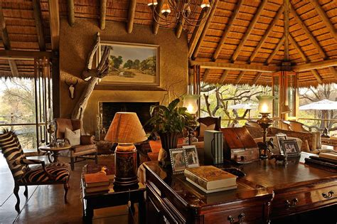 Country Kitchen Ideas - take a walk on the wild side safari decorating