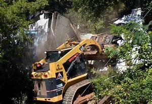 Community eyesore torn down