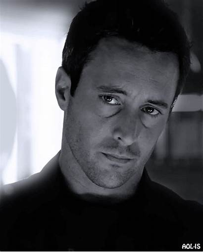 Alex Loughlin Tic Toc Oh Decide Read