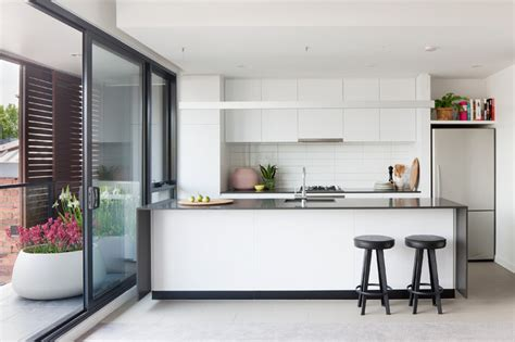 to paint kitchen cabinets bowery apartments contemporary kitchen melbourne 7175