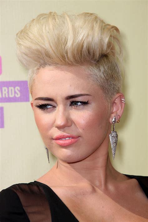 miley cyrus fauxhawk short hairstyles lookbook stylebistro