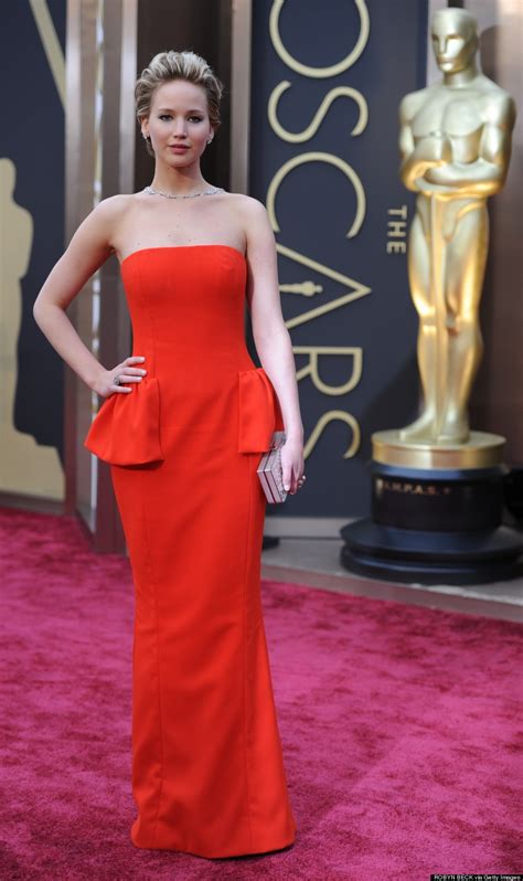 Jennifer Lawrence Oscars 2014: Dior Dress Has Our 'Meh
