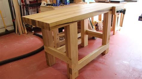 Woodworking Bench by Build A Sturdy Woodworking Workbench
