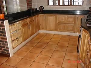 Oak Cupboards - Nico's Kitchens