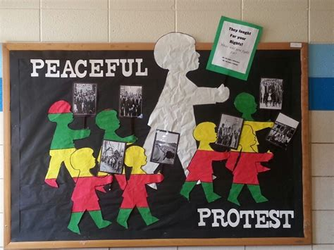 the 25 best history bulletin boards ideas on 790 | b1c82f9197dee33c3d651f3b55856657 black history month classroom walls