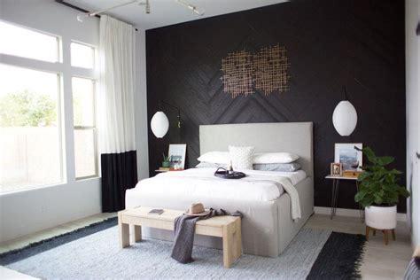 easily upgrade  bedroom design