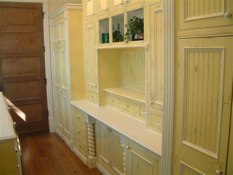 distress kitchen cabinets   house design