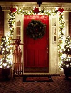 21, Inspiring, Christmas, Front, Porch, Decorating, Ideas