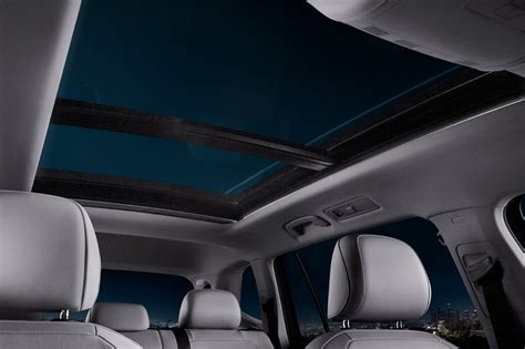 volkswagen tiguan sunroof  view hd images