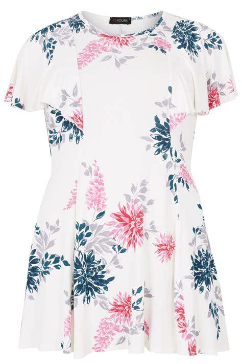 Biały Rozszerzany Top W Kwiaty Z Luźnymi Rękawami, Moda