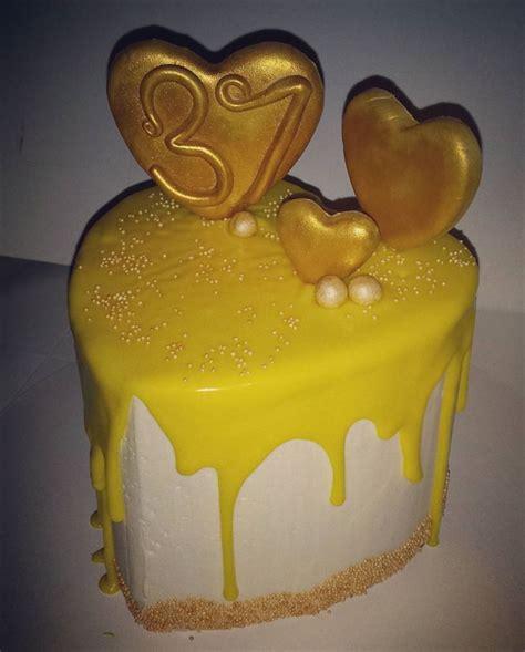 gold drip cake cakecentralcom