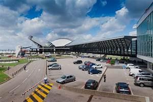 Langzeit Parken Düsseldorf Flughafen : billiger parkplatz am flugh fen mit travelcar ~ Kayakingforconservation.com Haus und Dekorationen