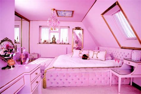 pink house  real life barbie dream house