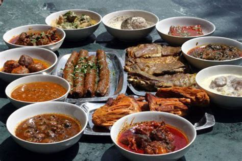 kashmiri cuisine wazwan     weddings banquet