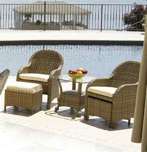 10 patio furniture with hidden ottoman that is