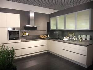 Couleur Cuisine Moderne : couleur mur cuisine contemporaine design de cuisine ~ Melissatoandfro.com Idées de Décoration