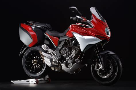 Mv Agusta Turismo Veloce Image by Review 2016 Mv Agusta Turismo Veloce 800 Bike Review