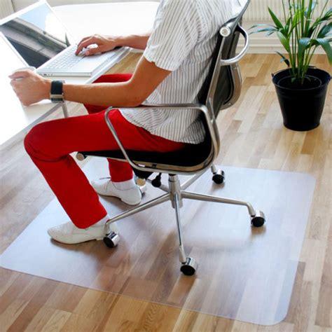 tapis plastique bureau tapis de protection solutil tapis chic le tapis chic le