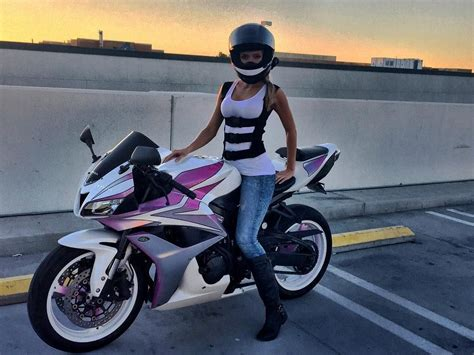 5 Types Of Women That Ride Motorcycles (infographic