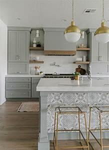 Clean And Elegant Kitchen Designs