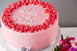 Torte Für Geburtstag : fondant torte mit rosen zum geburtstag ~ Frokenaadalensverden.com Haus und Dekorationen