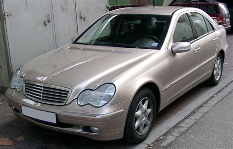 Mercedesbenz W203 — Вікіпедія