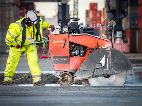 joint sealing   cutting port  felixstowe expansion roadgrip