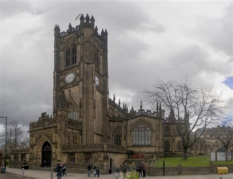 manchester cathedral church  manchester thousand wonders