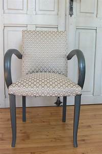 Tissu Pour Chaise : tissu pour recouvrir chaise 8 1000 id233es sur le th232me canap233 refaire sur pinterest ~ Teatrodelosmanantiales.com Idées de Décoration