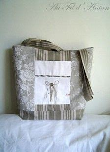 tissu toile a matelas sac en tissu toile de matelas kaki clair et blanc 224 rayures cr 233 ation artisanale sac 224 sac